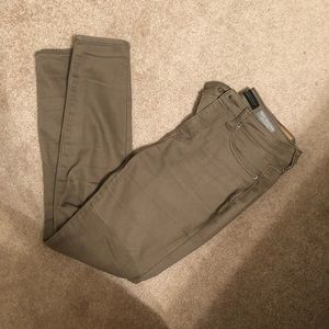 Aeropostale size 4 high waisted jegging army green